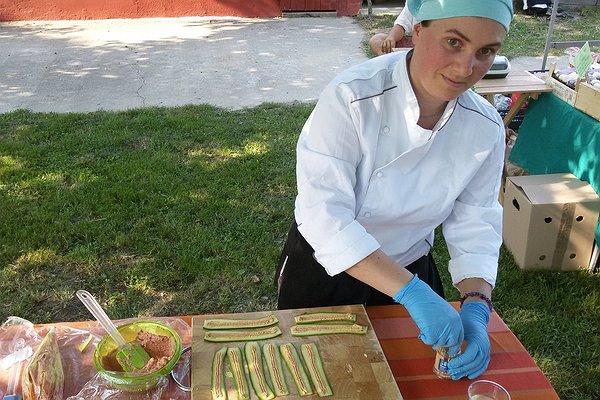 "Caresà a campo aperto: laboratorio ""Cucina crudista vegana"""