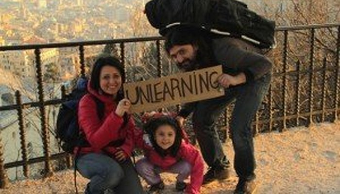 "Proiezione documentario ""Unlearning"""